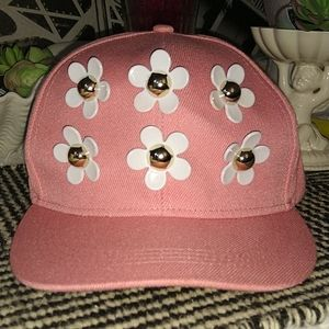 Daisy women's hat 🧢